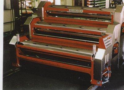 Auftragsmaschine für die 4-fach-Verklebung wurde für die Papierindustrie gebaut