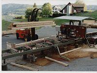 Bauholzeinschnitt für eine neue Sägehalle mit einer MSW 900